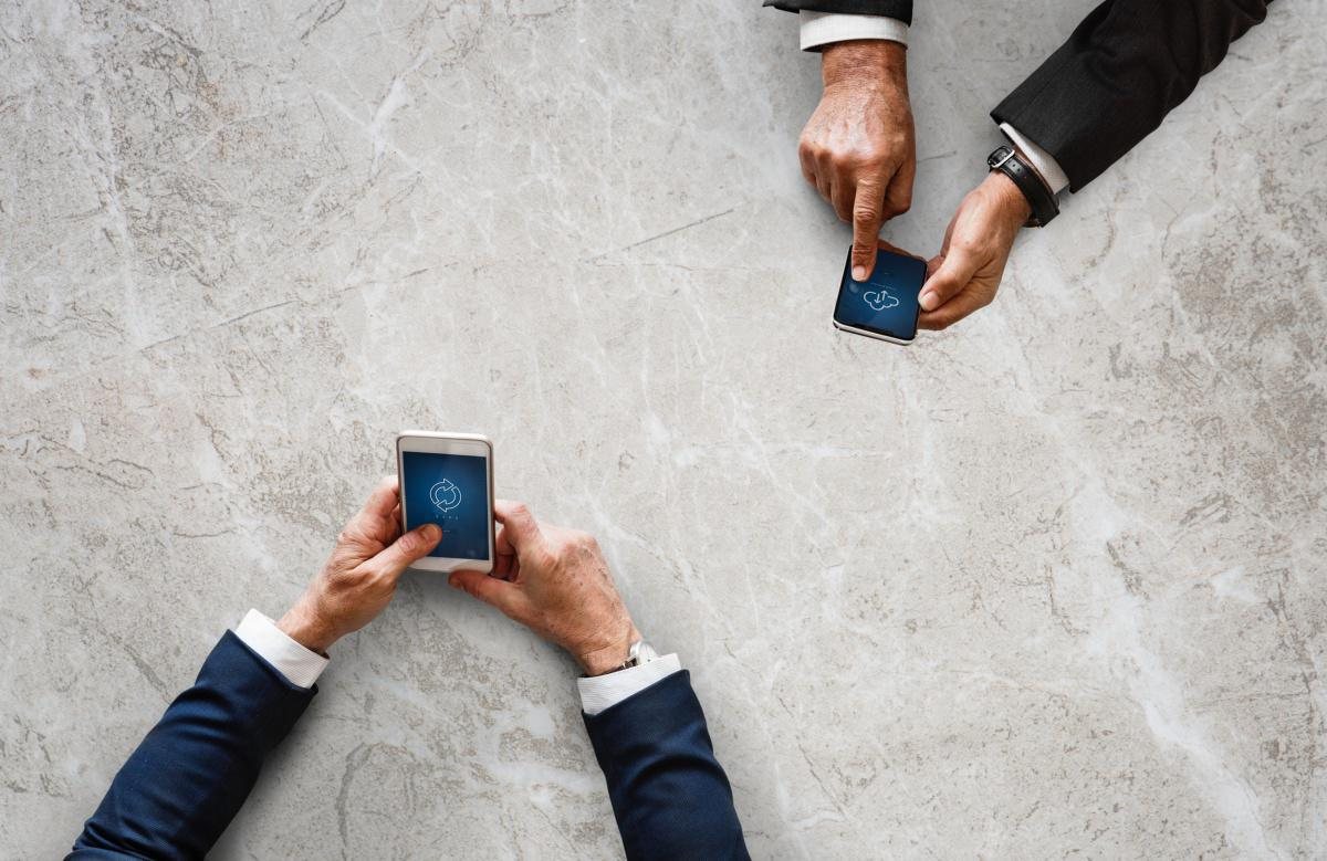 MOBILE A DIMENSIONE DI BUSINESS