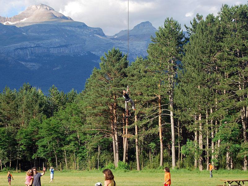 Aventura Pirineos Ecoparque «El Juncaral»
