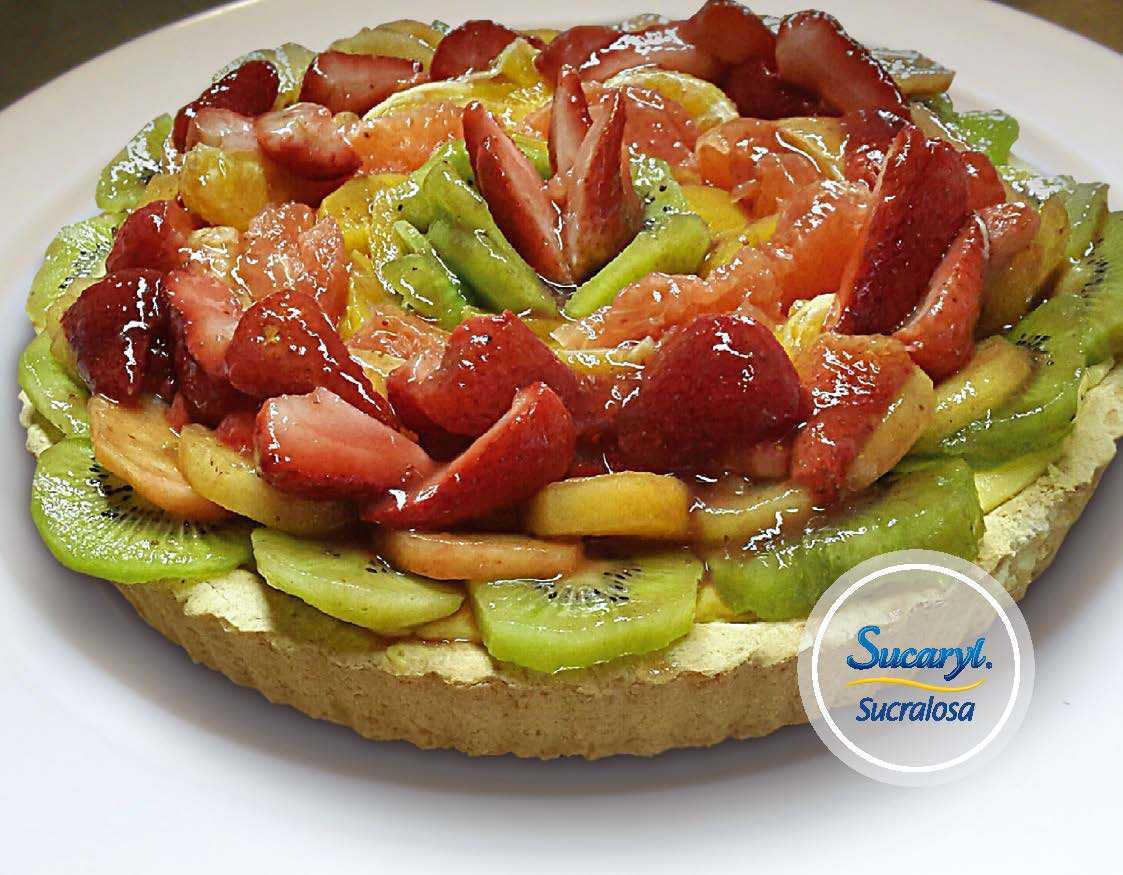 Tarta de crema con frutas Por Leandro Pereira