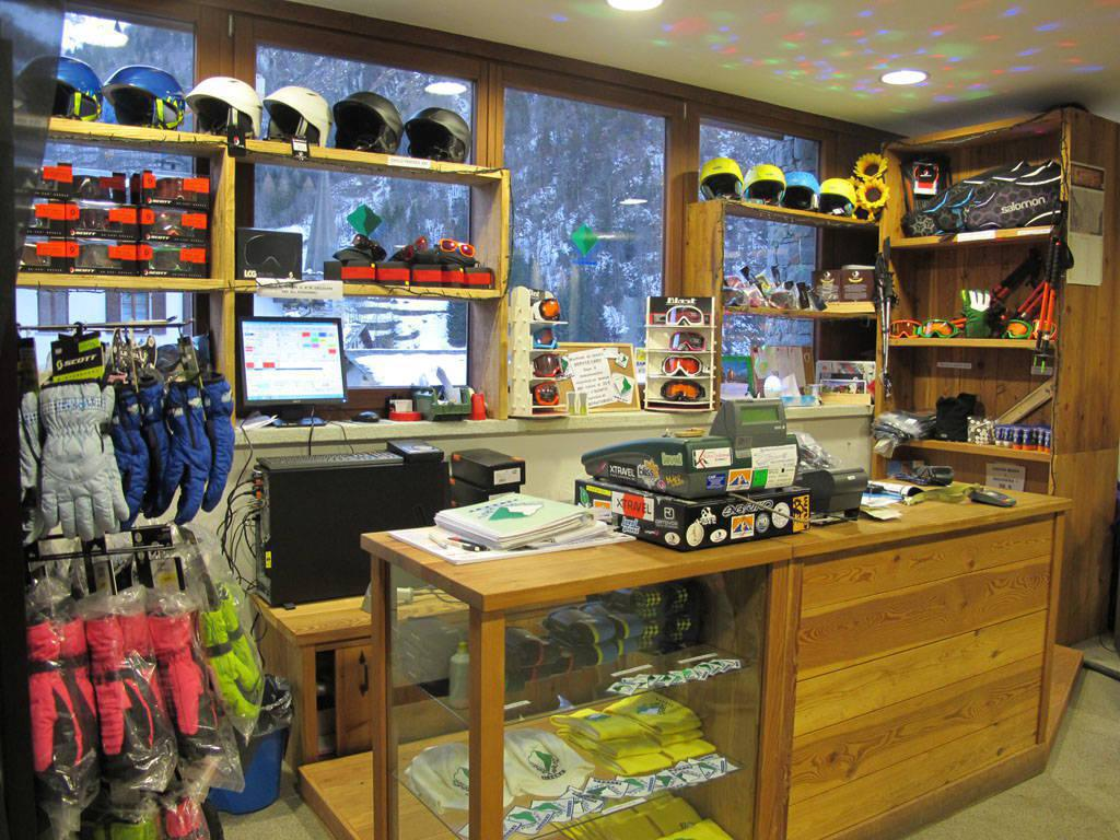 Sport Haus Ski Equipment Rental Shop - Alagna Valsesia