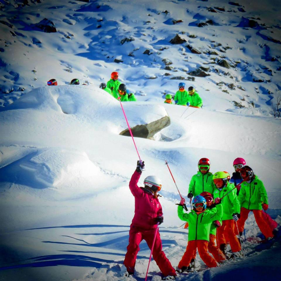 Skiing and Snowboarding School - Alagna Valsesia