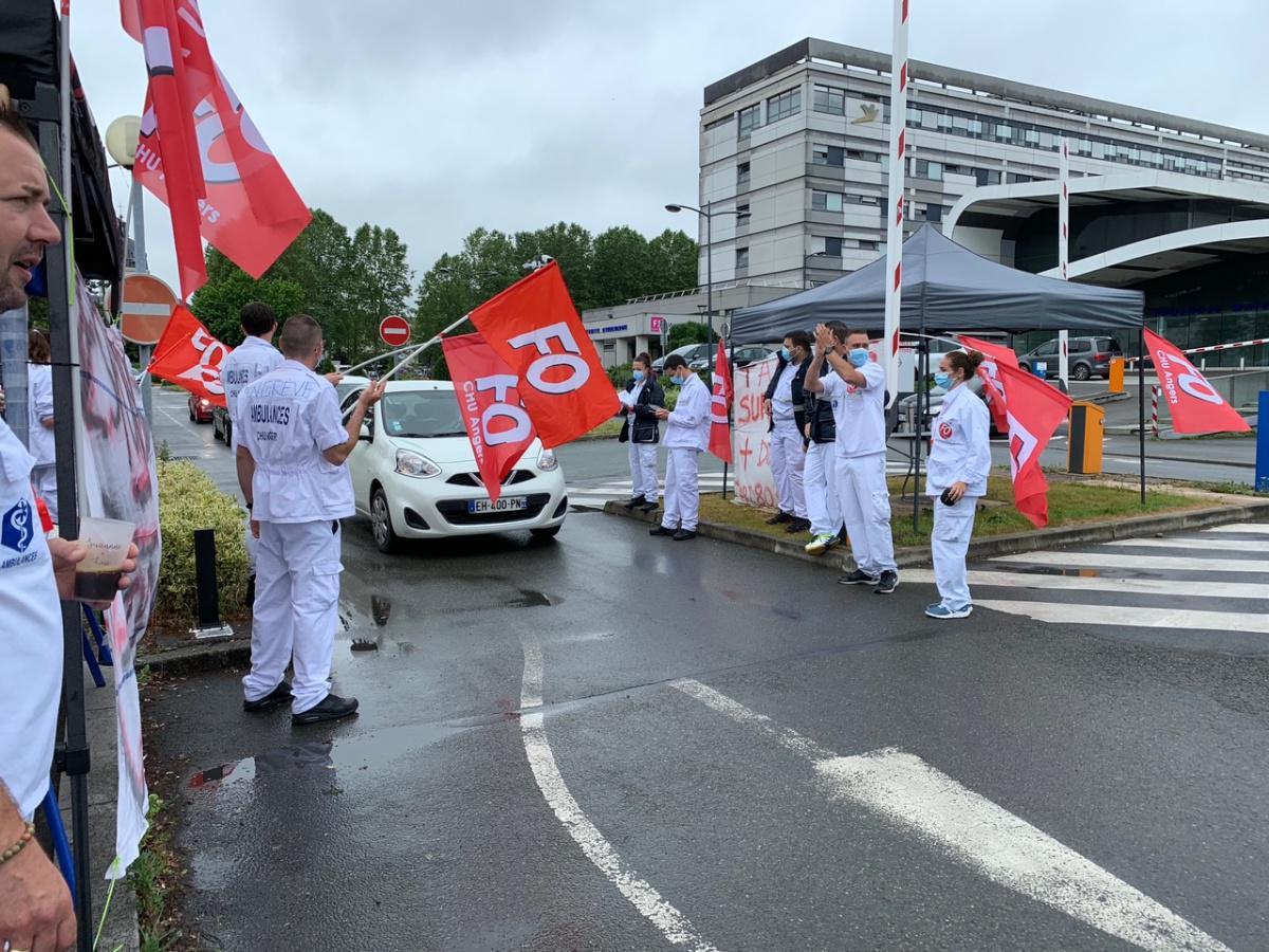 Ambulanciers en grève