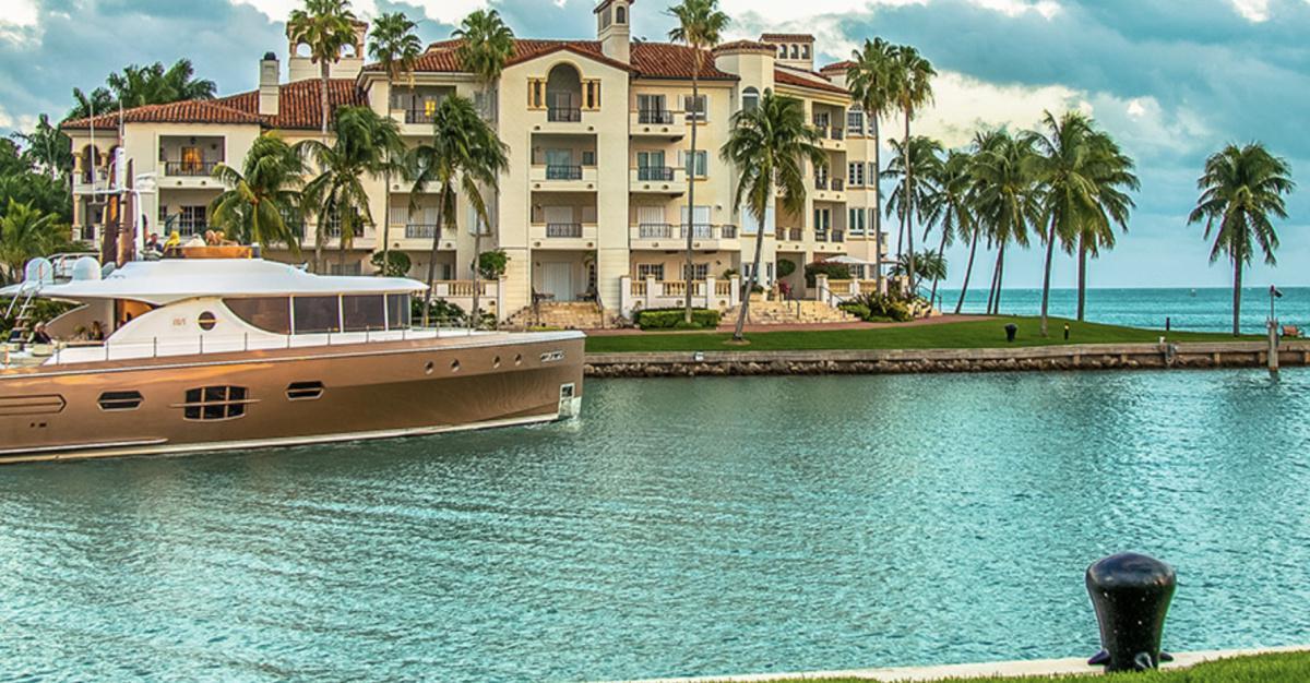 THE ISLAND - Miami Beach Homes for Sale