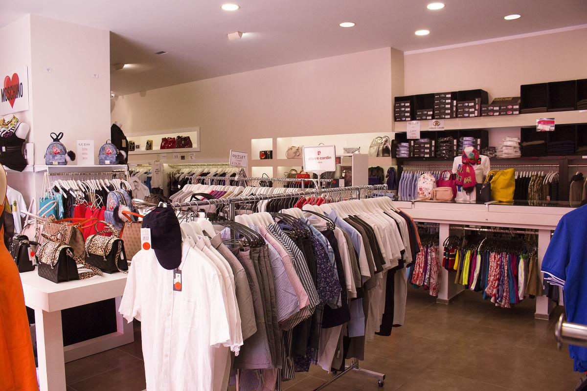 Outlet Collection
