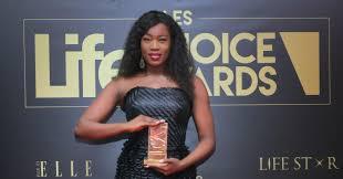 Côte d'Ivoire / Life Choice Awards – Konnie Touré lauréate de la catégorie Médias