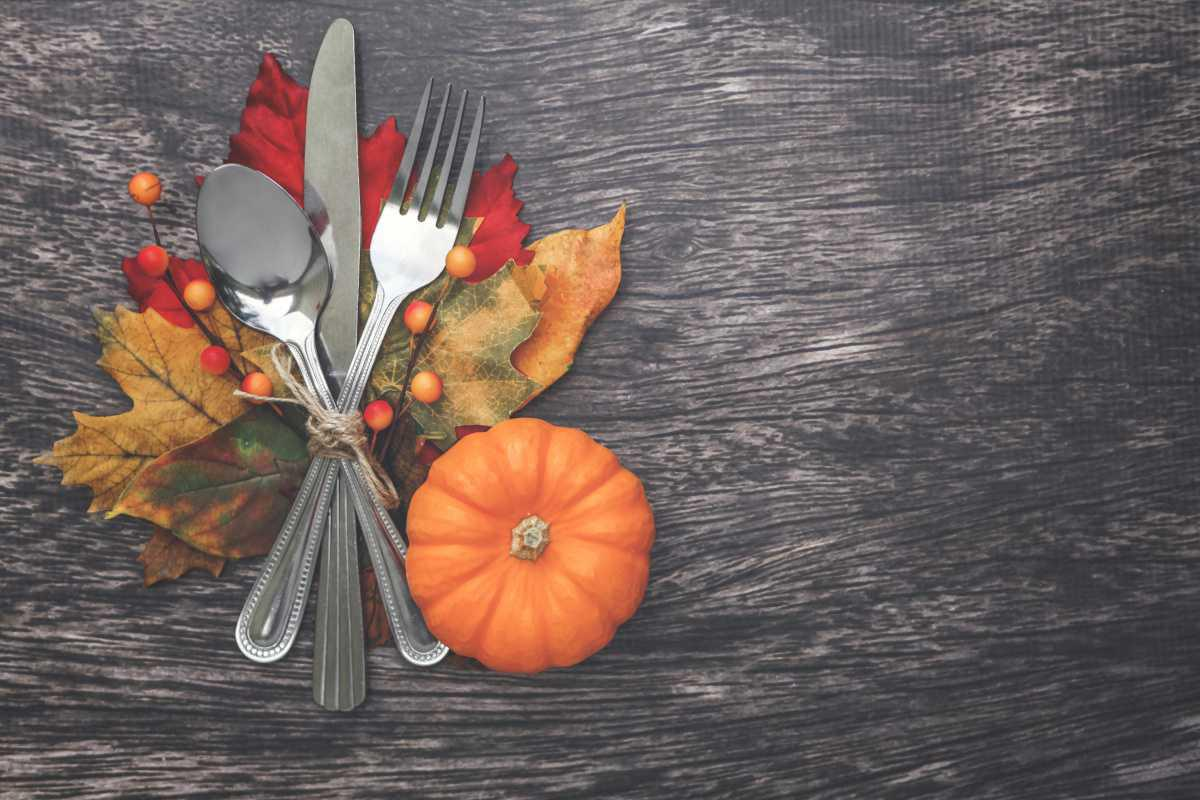 Thanksgiving Meals For Islanders in Need
