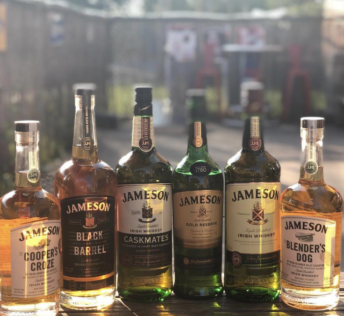 Bootleg Mannings Craft Beer & Whiskey Bar