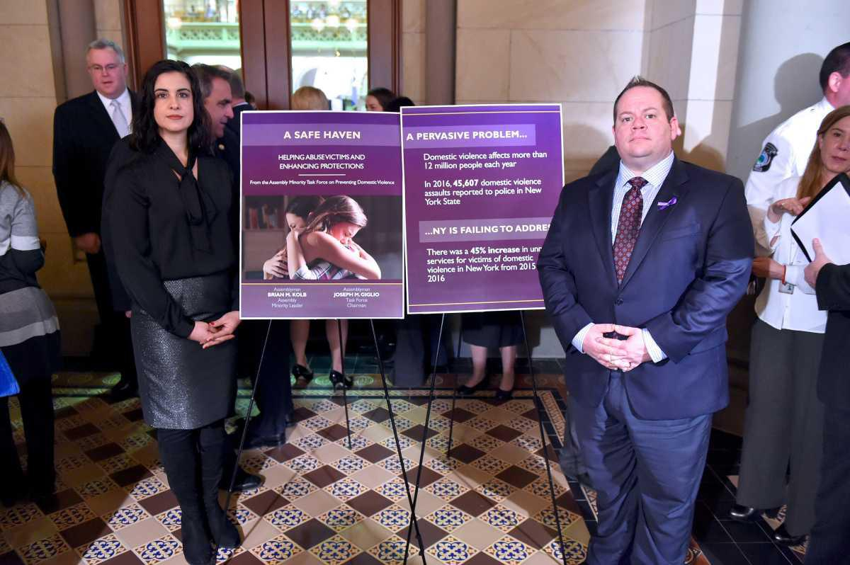 State Leaders Work Together on Domestic Abuse Prevention