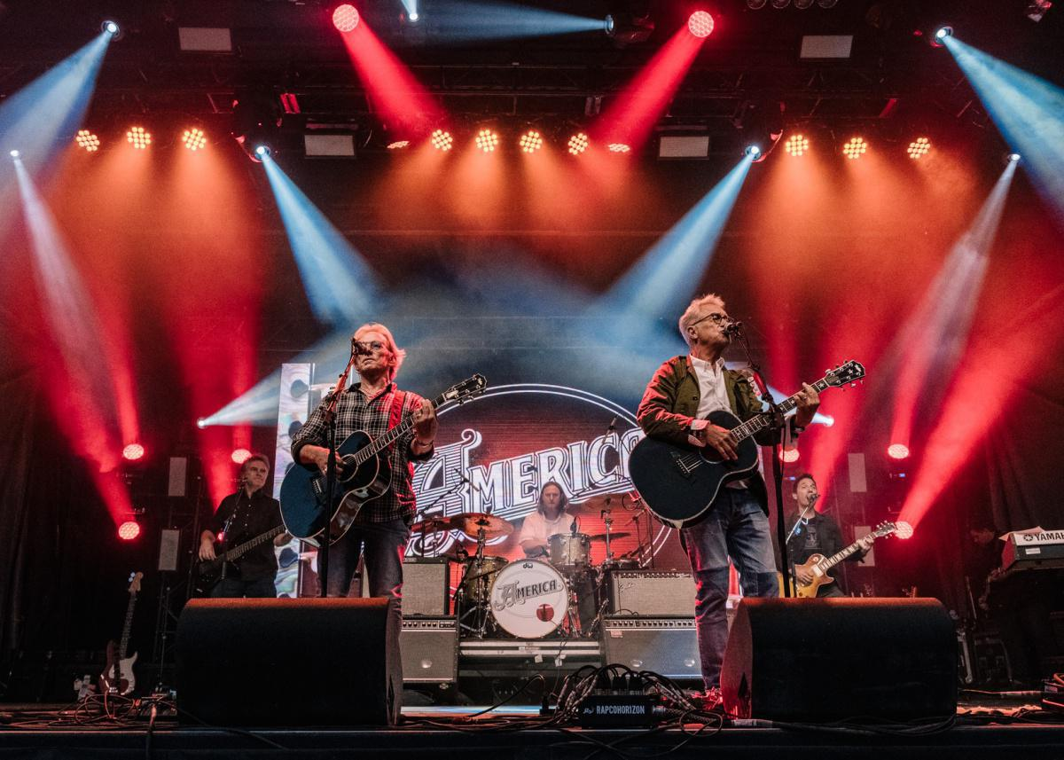 America – 50th Anniversary Tour