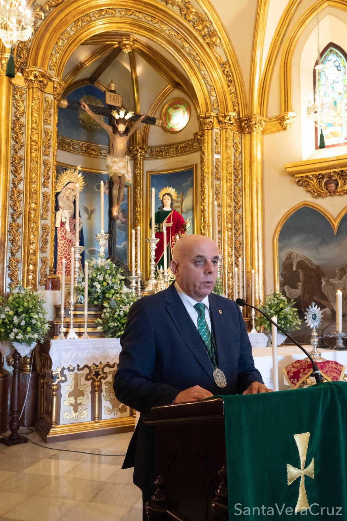 Solemne acto de veneración de la Sagrada Reliquia del Santo Lignum Crucis en conmemoración de la Festividad de la Exaltación de la Cruz y Solemne Eucaristía previa al acto de jura de cargos.