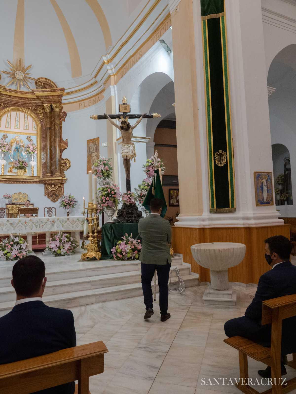 """Triduo en honor del Santísimo Cristo de la Vera+Cruz: """"El padre y yo somos uno""""."""