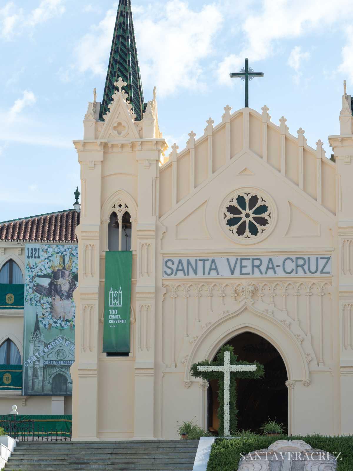 Misa de acción de gracias y fiesta de las Cruces de mayo.