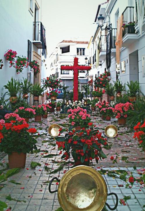 Cruces de Mayo y Acción de Gracias