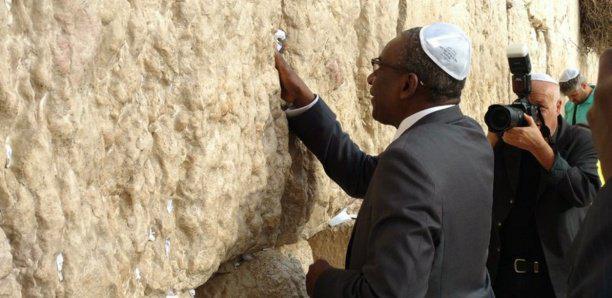 Incident diplomatique : Sidiki Kaba visite la Mosquée Al-Aqsa de Jérusalem, les Palestiniens exigent des excuses du Sénégal