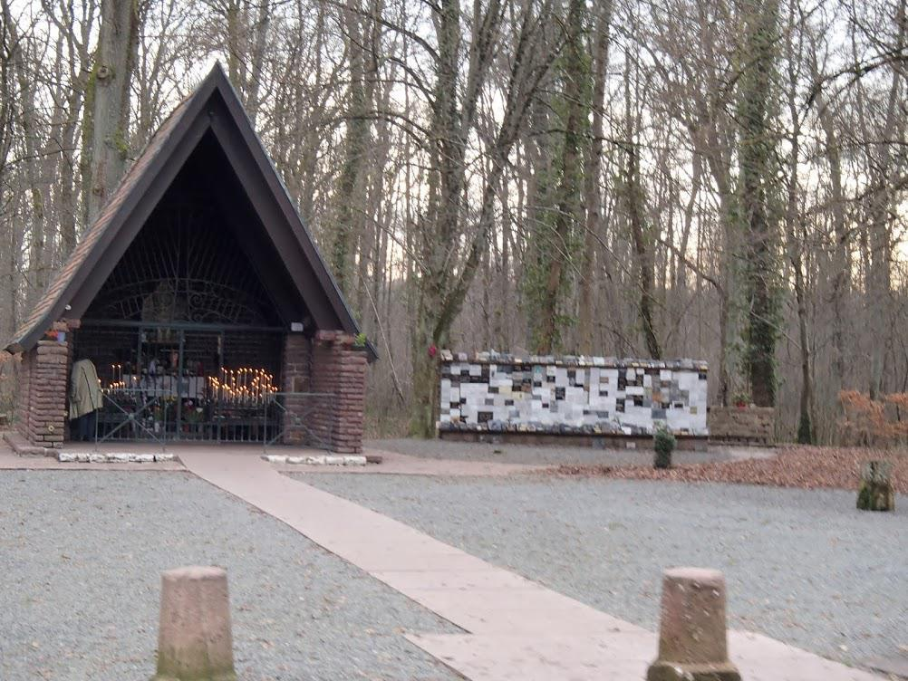 Camp allemand (blockaus en forêt)
