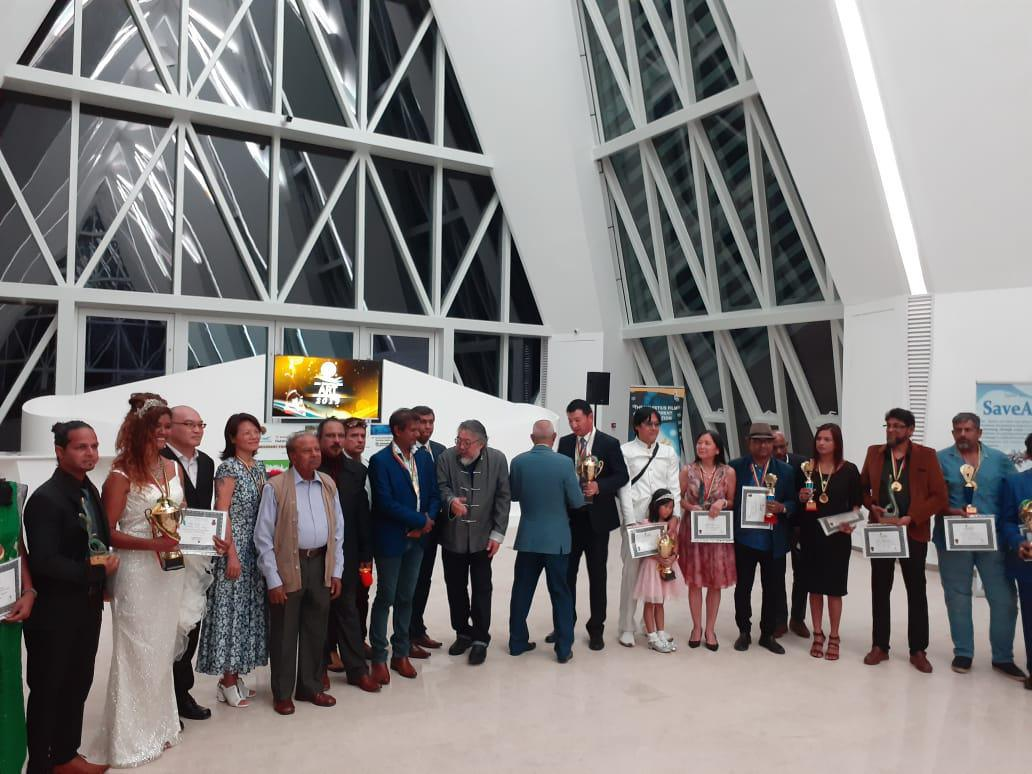 Kavi Joganah Receives An Outstanding Art Achievement Award at ARTA Indianoceanika 2020