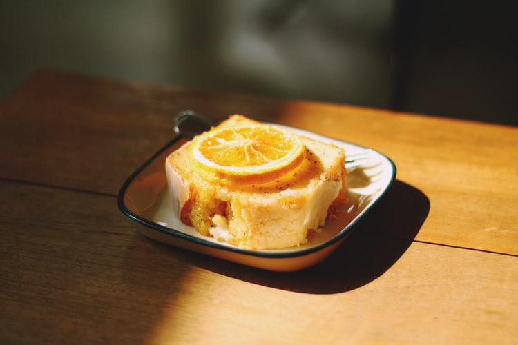 Confinement Recipe #5: An Orange cake to sweeten your day?
