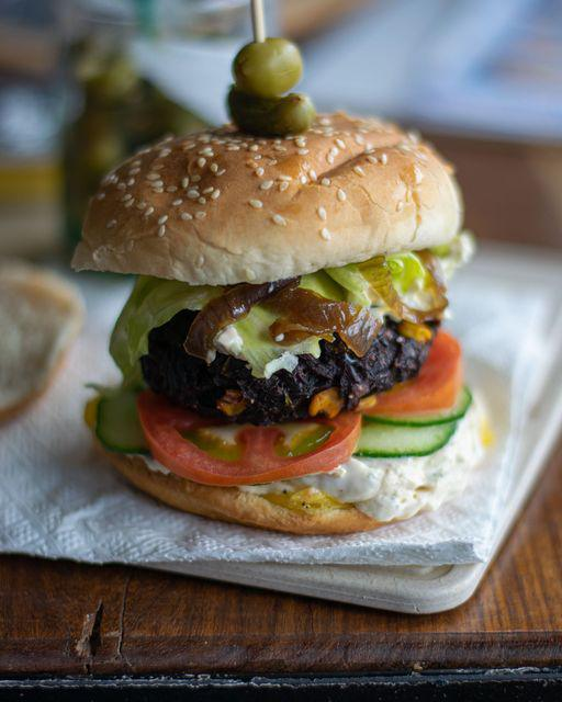 Healthy Burgers? Eat With Fingers got you covered!