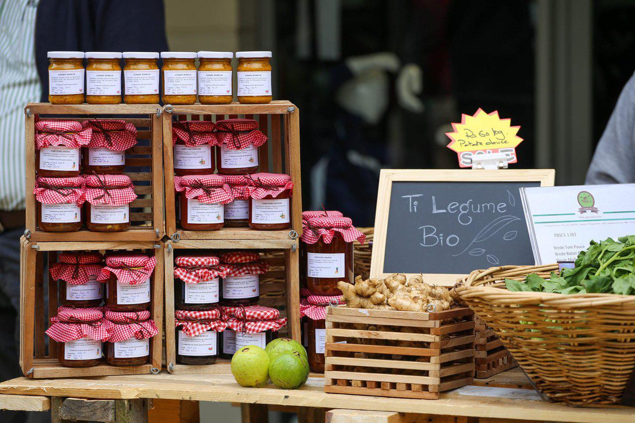 Organic Farmers Market at cascavelle