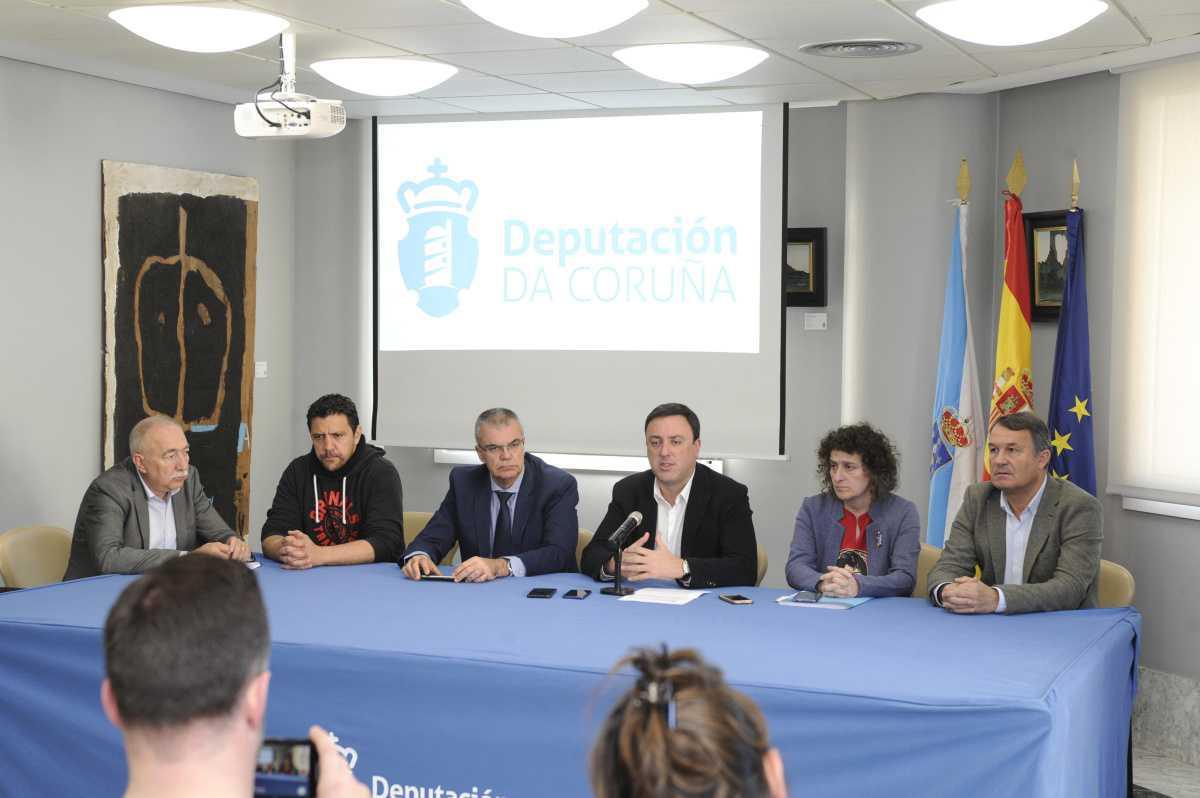 O pleno do Consorcio Provincial Contraincendios aproba a xestión directa dos parques de bombeiros comarcais da Coruña