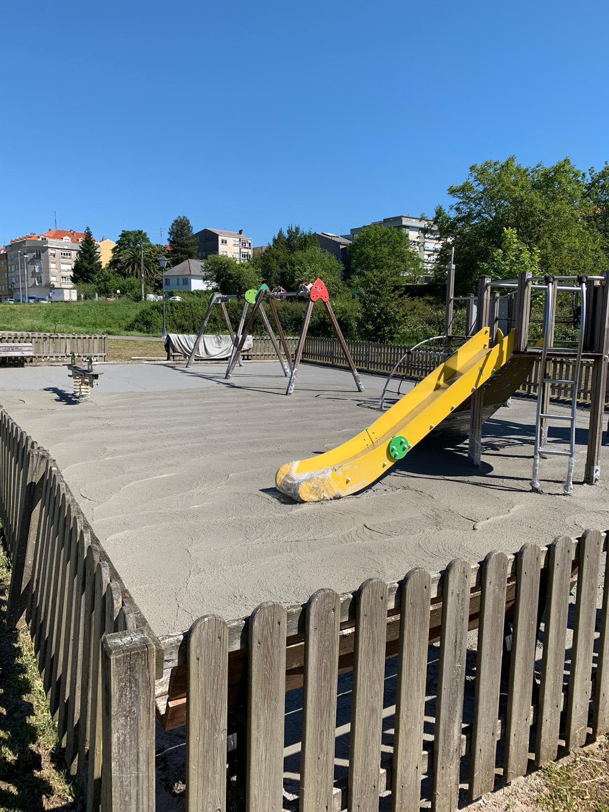 O Concello de Noia inicia as obras para a instalación dunha nova soleira no parque infantil de San Lázaro