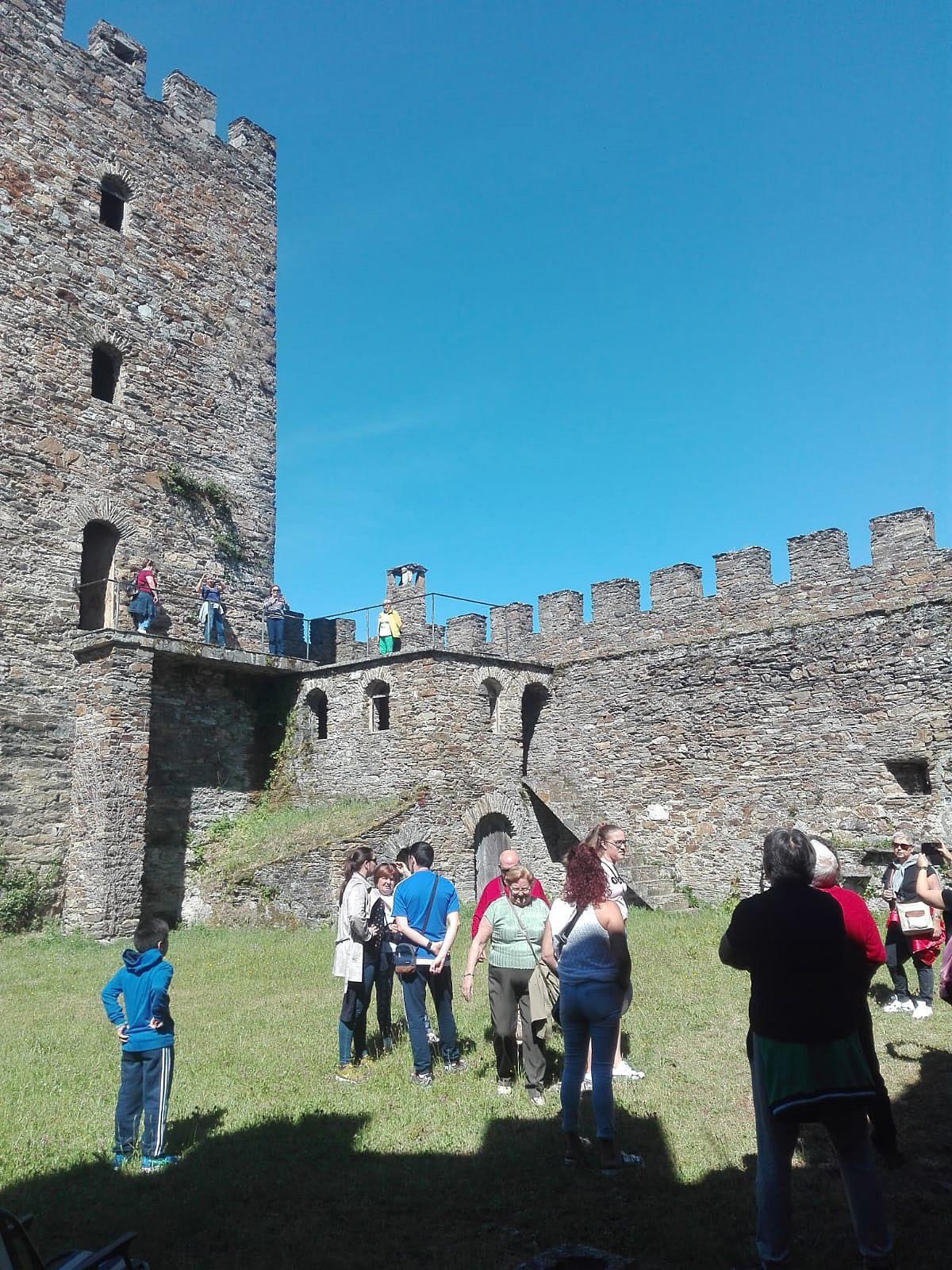 """30 veciños e veciñas de Lousame participan na excursión aos Ancares e ao """"Arde lucus"""""""