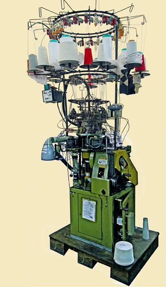Matériels en fonctionnement, du XIXème siècle au XXIème siècle, du bobinage au tricotage...