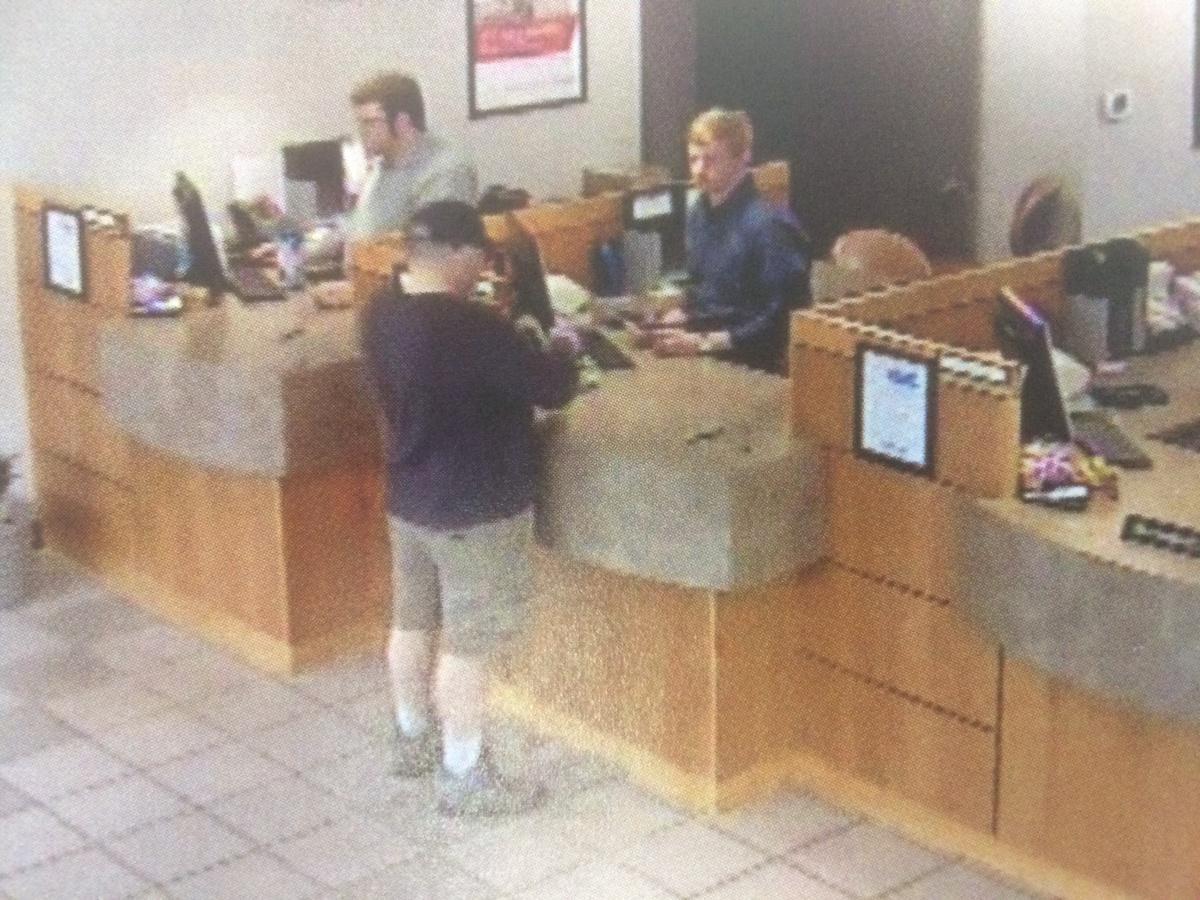Boulder Police investigating bank robbery