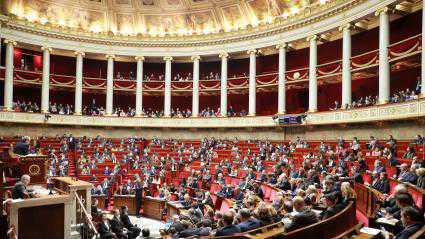 LA HONTE ! : L'Assemblée nationale rejette l'allongement d'un congé de cinq à douze jours après la mort d'un enfant