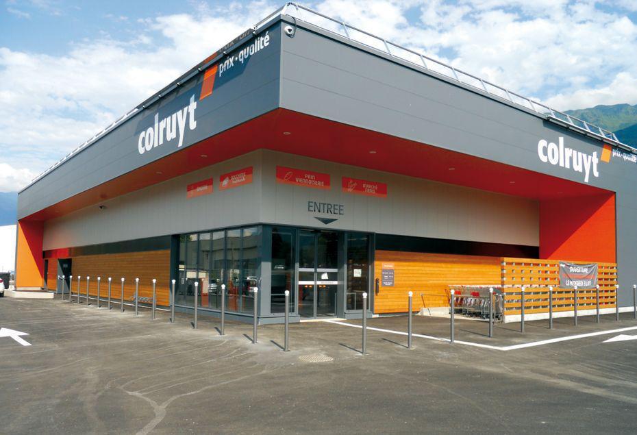 Carrefour va racheter les trois magasins franciliens de Colruyt