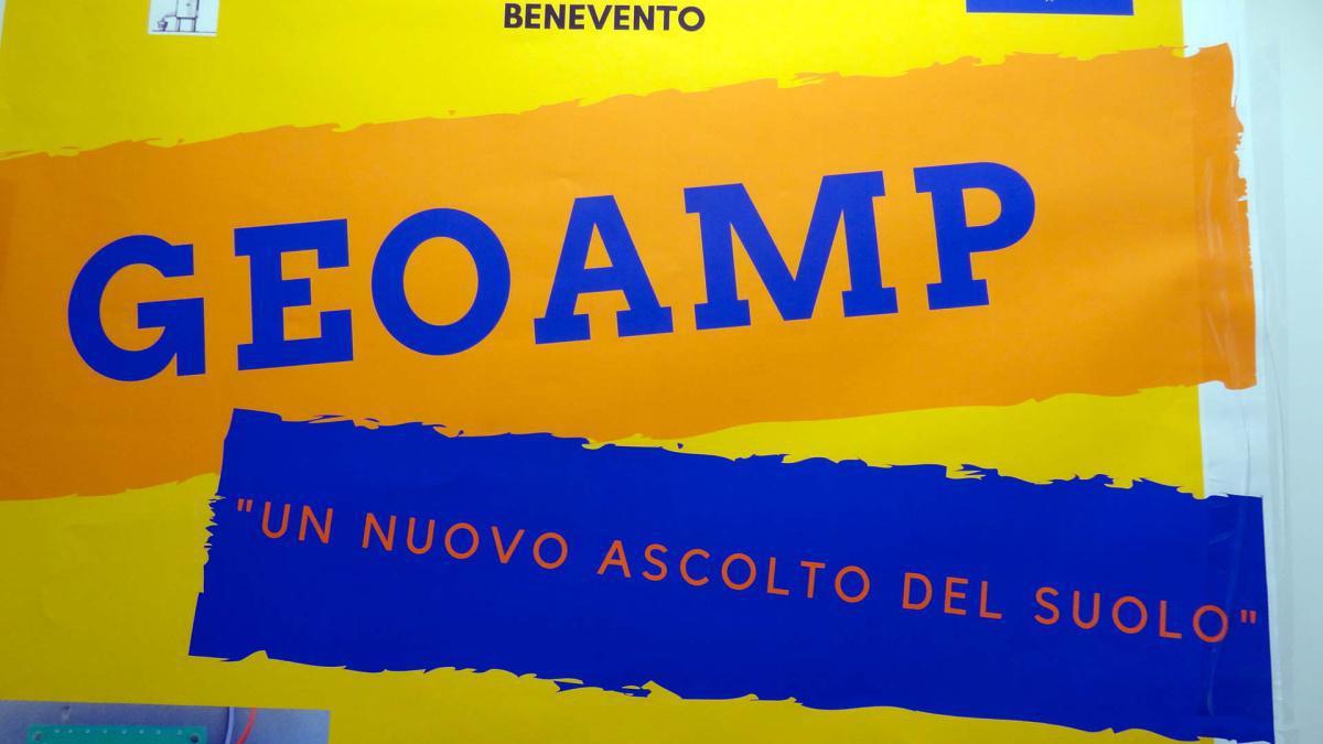 2. Geoamp – Amplificatore a basso rumore per sismografo