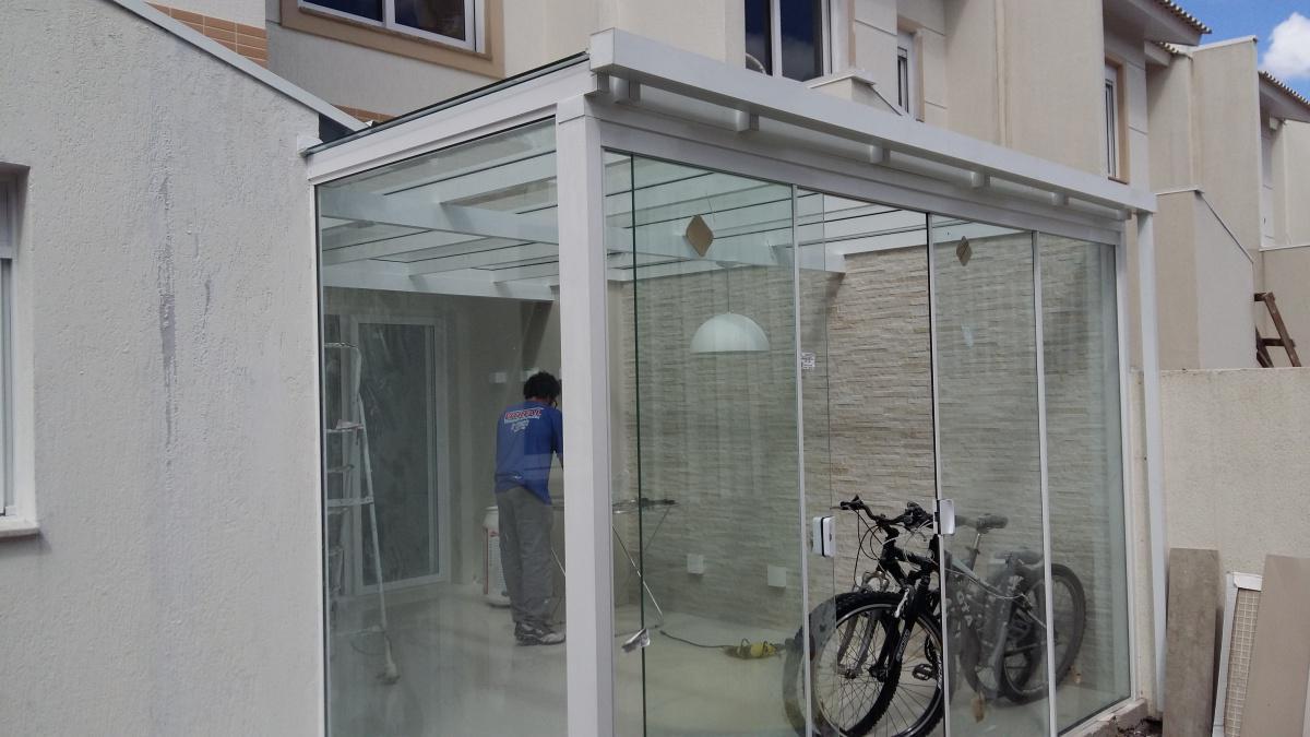 Vitreal Vidraçaria e Esquadrias de Alumínio