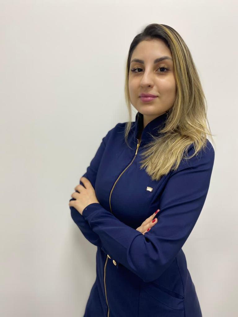 Dra. Nicole Freitas - Harmonização Facial