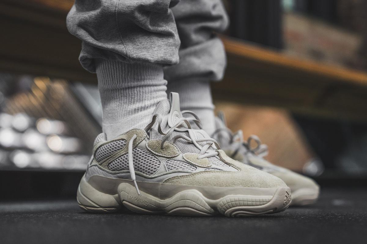 YEEZY 500 Runner Blush