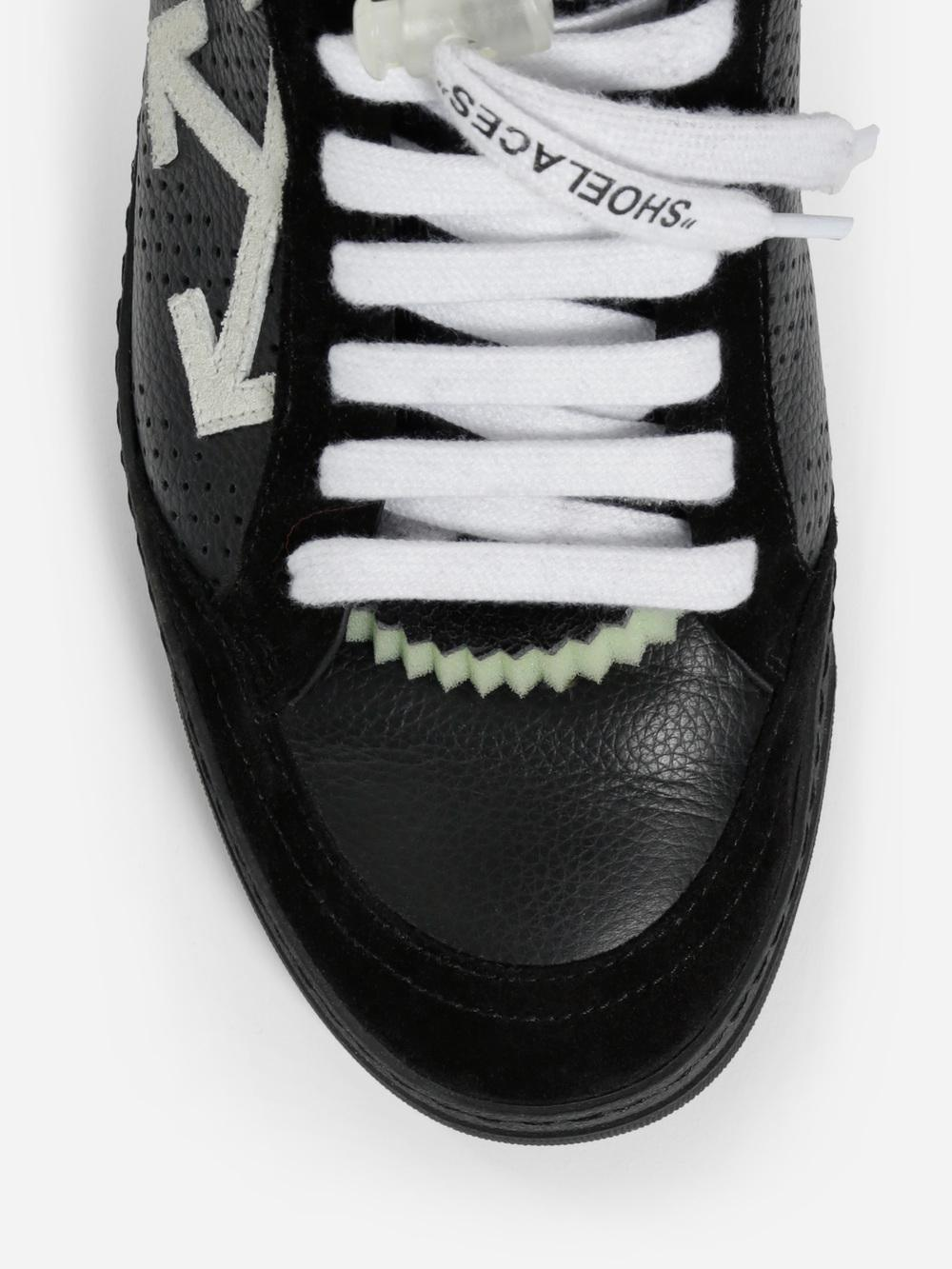 """OFF-WHITE """"Low 2.0"""""""