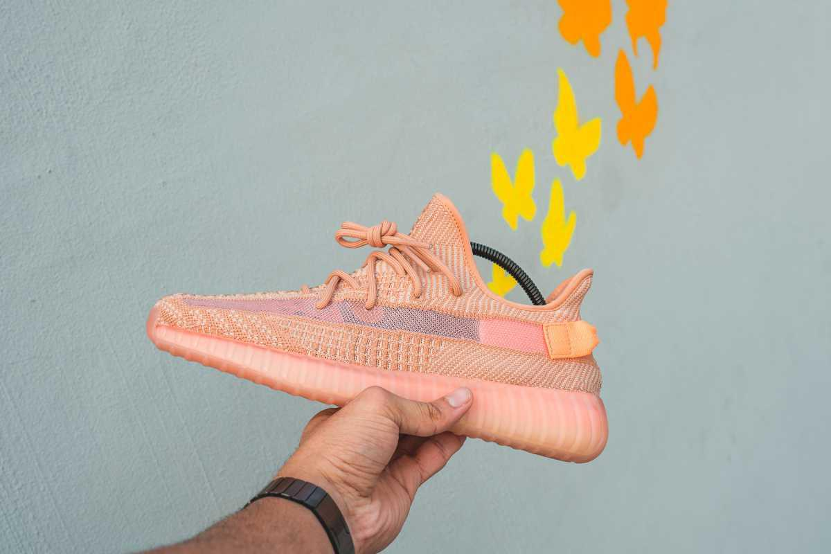 """YEEZY BOOST 350 V2 """"Clay""""."""