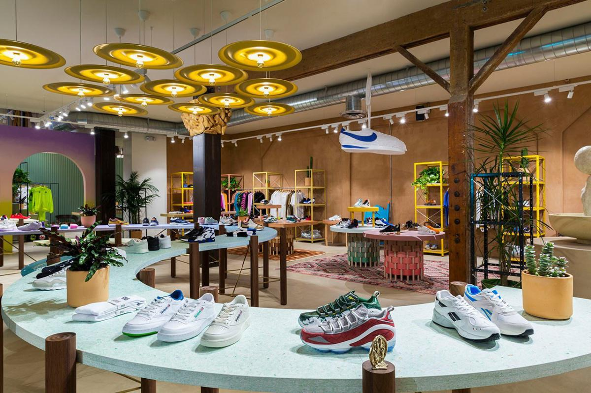SNEAKERSNSTUFF LOS ANGELES