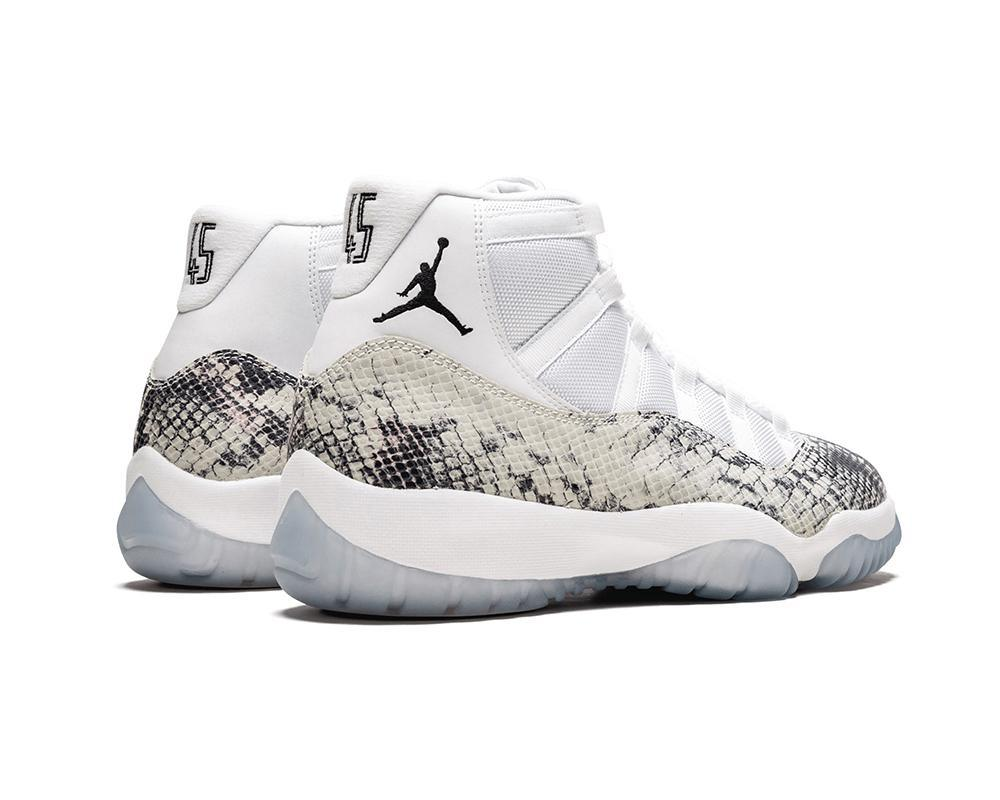 Air JORDAN XI retro x White Snakeskin Sample