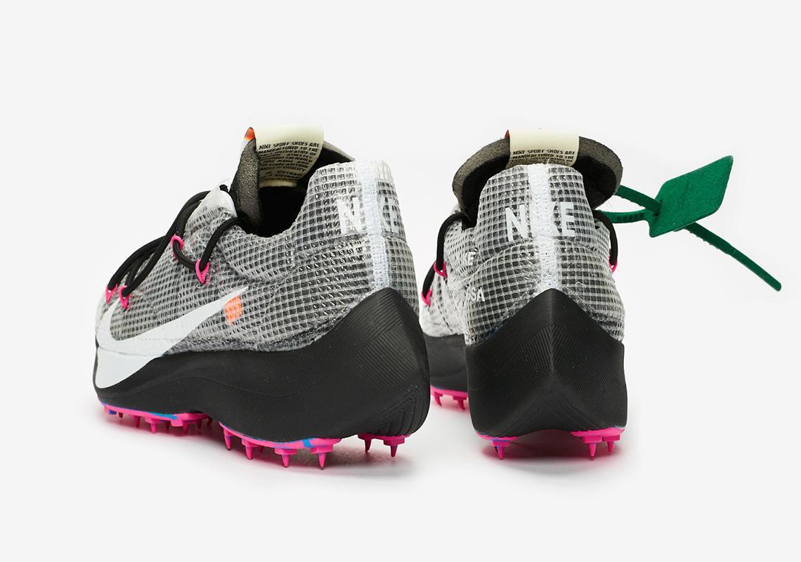 Off-White x Nike Vapor Street sortiront le 14 novembre.