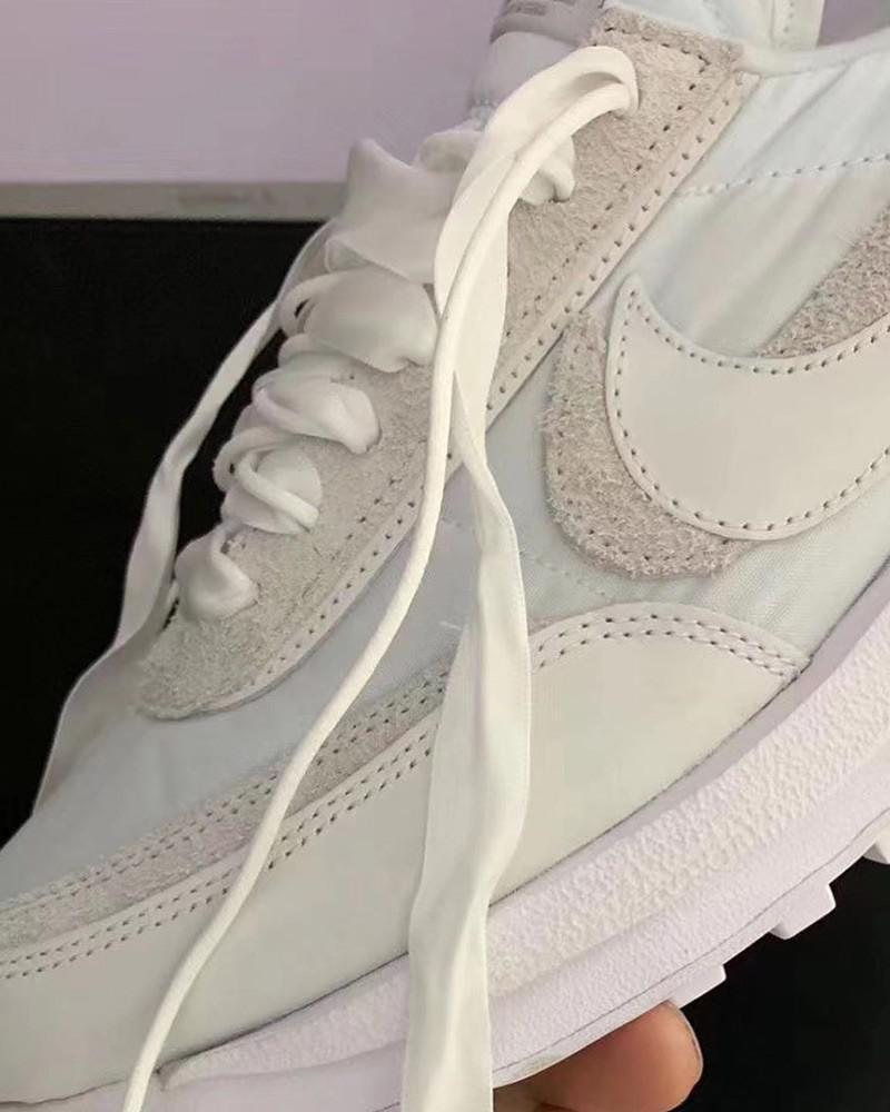 Encore une autre sacai x Nike LDWaffle a fait surface en ligne