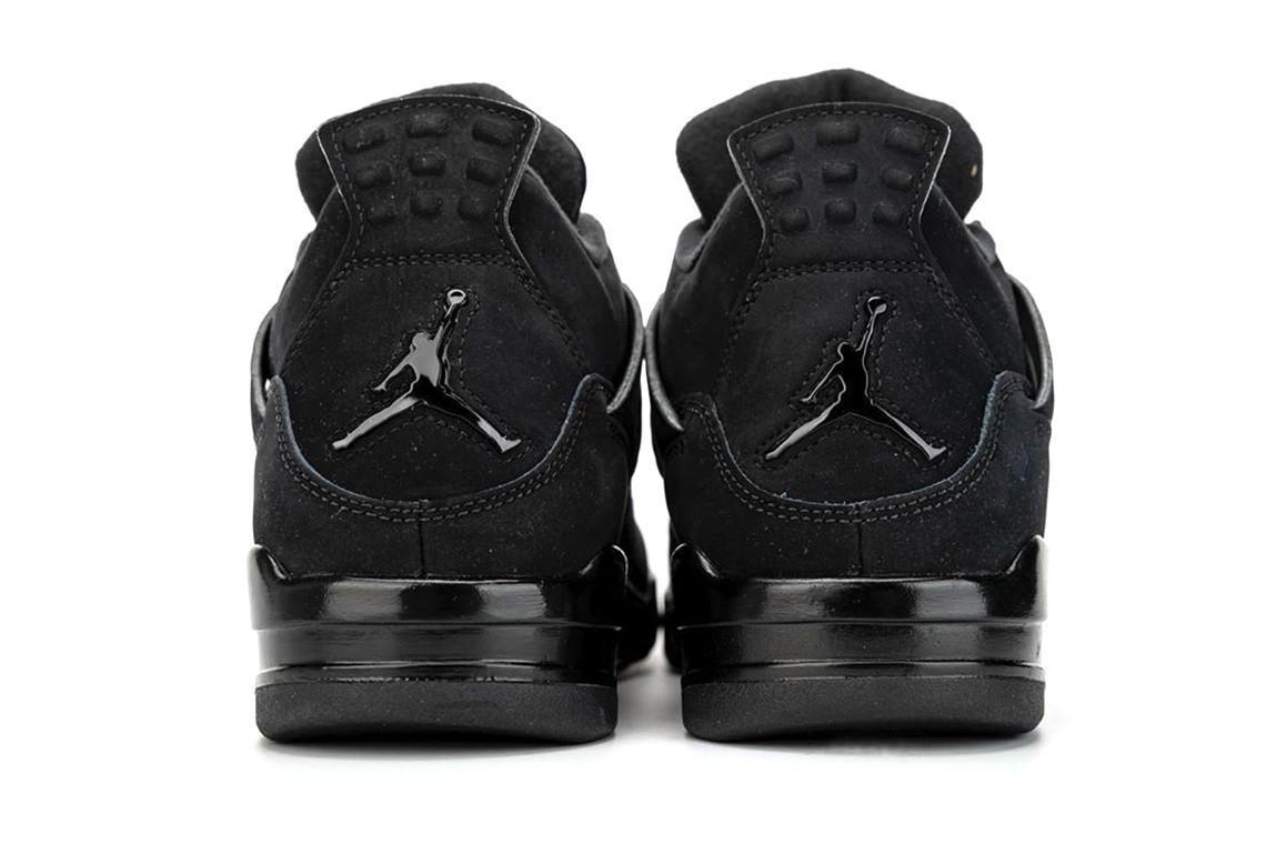"Un premier regard sur l'Air Jordan 4 ""Black Cat"" 2020"