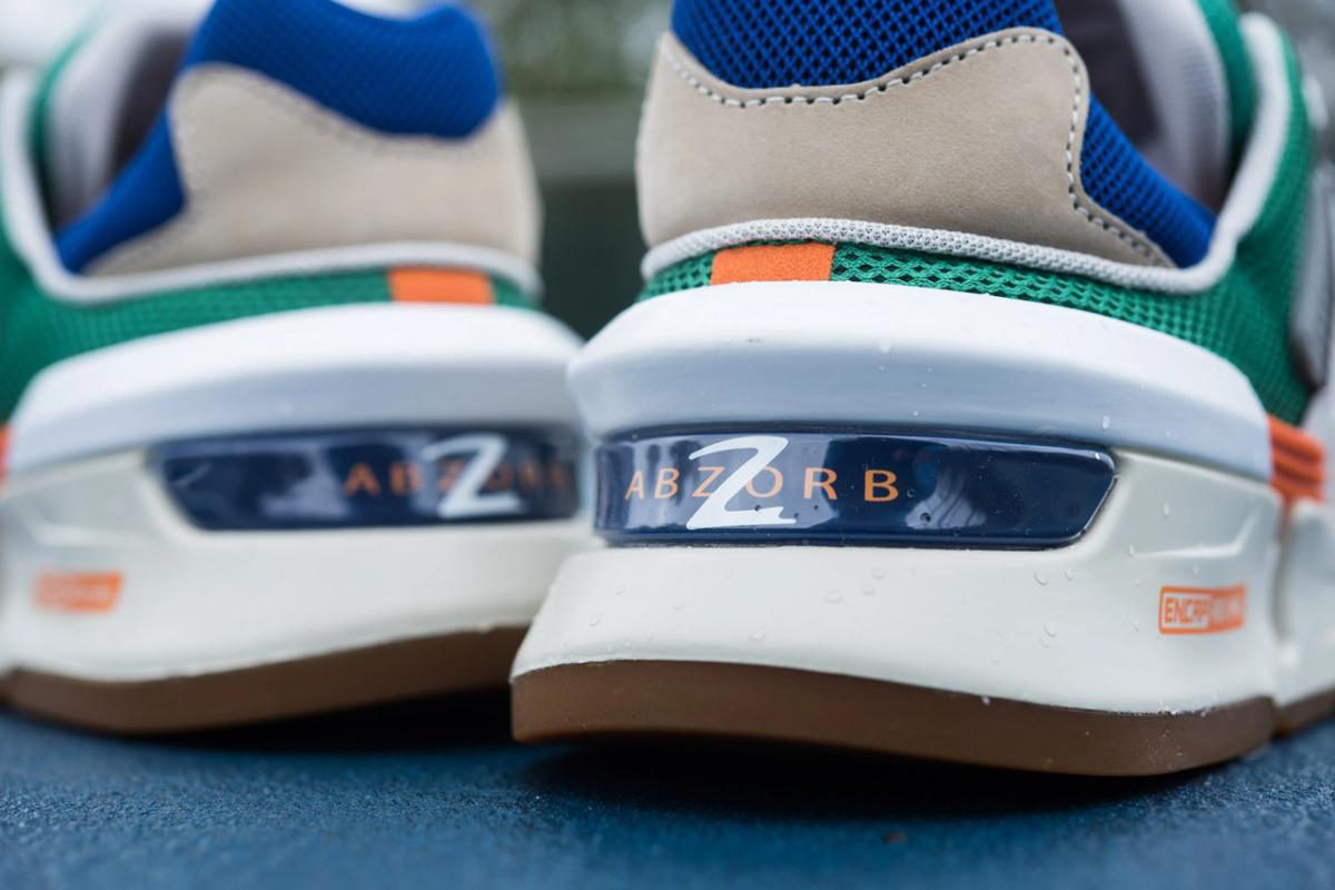 New Balance 997S apparaît dans un design multicolore vibrant