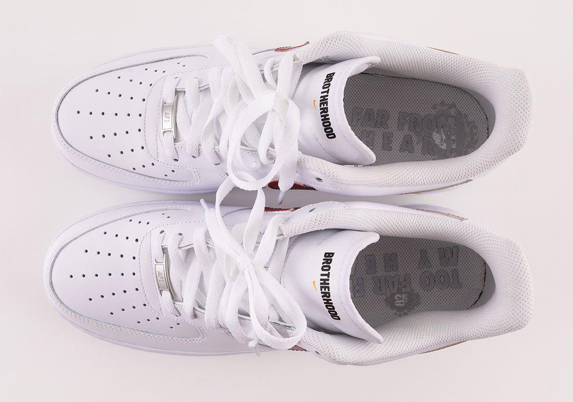 Joe Burrow et d'autres espoirs de sélection de la NFL reçoivent des chaussures Nike personnalisées avant la sélection de la NFL