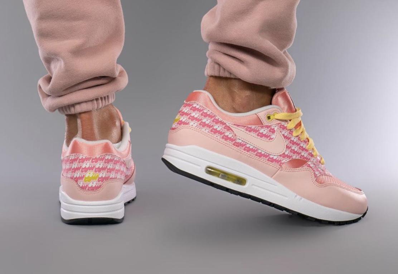 """On-Feet Nike Air Max 1 """"Strawberry Lemonade"""""""