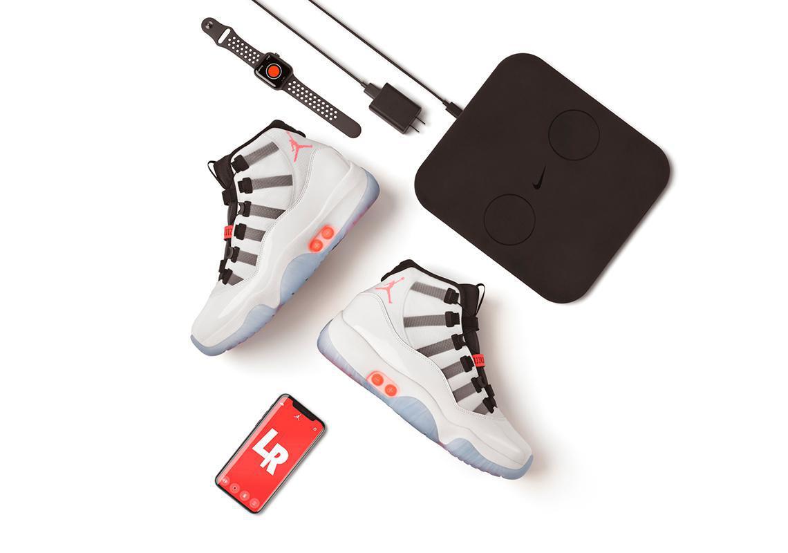 Air Jordan 11 Adapt célèbre le 25e anniversaire du XI