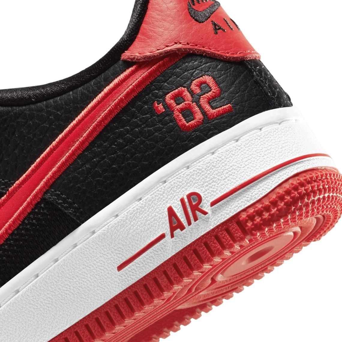 Nike Air Force 1 Low 82 Bred et Royal