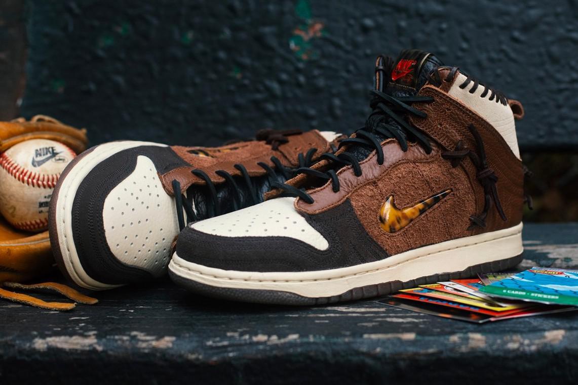 """Bodega et Nike se dirigent sur un terrain vague avec la dunk """"légende"""" inspirée du base-ball"""