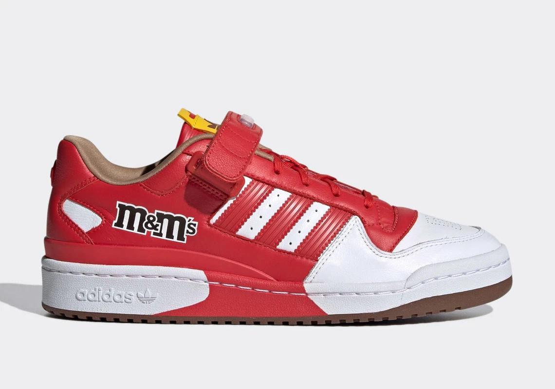 La collection adidas Forum Low de M&M's Sweet est en route