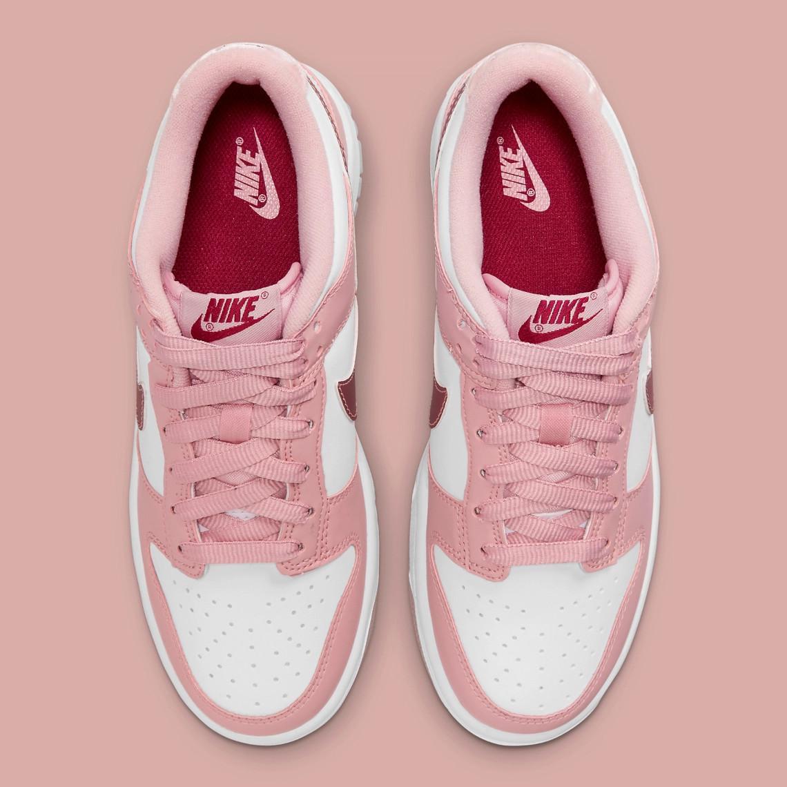 "Nike Dunk Low ""Pink Velvet"""