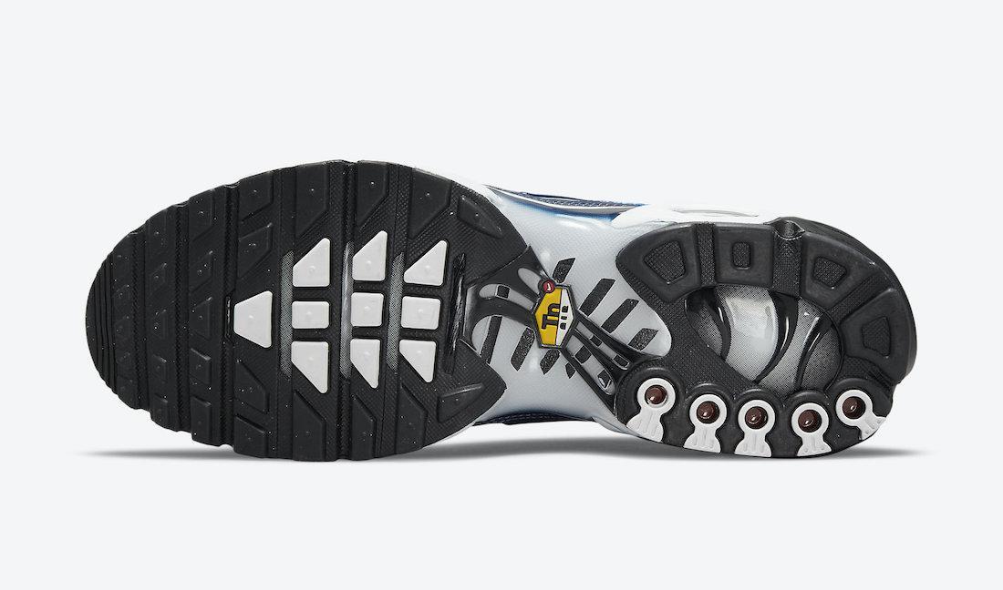 Nike Air Max Plus recouvert d'imprimés graphiques bleus